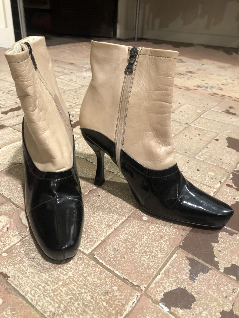 Zip up ankle boots size 5.5