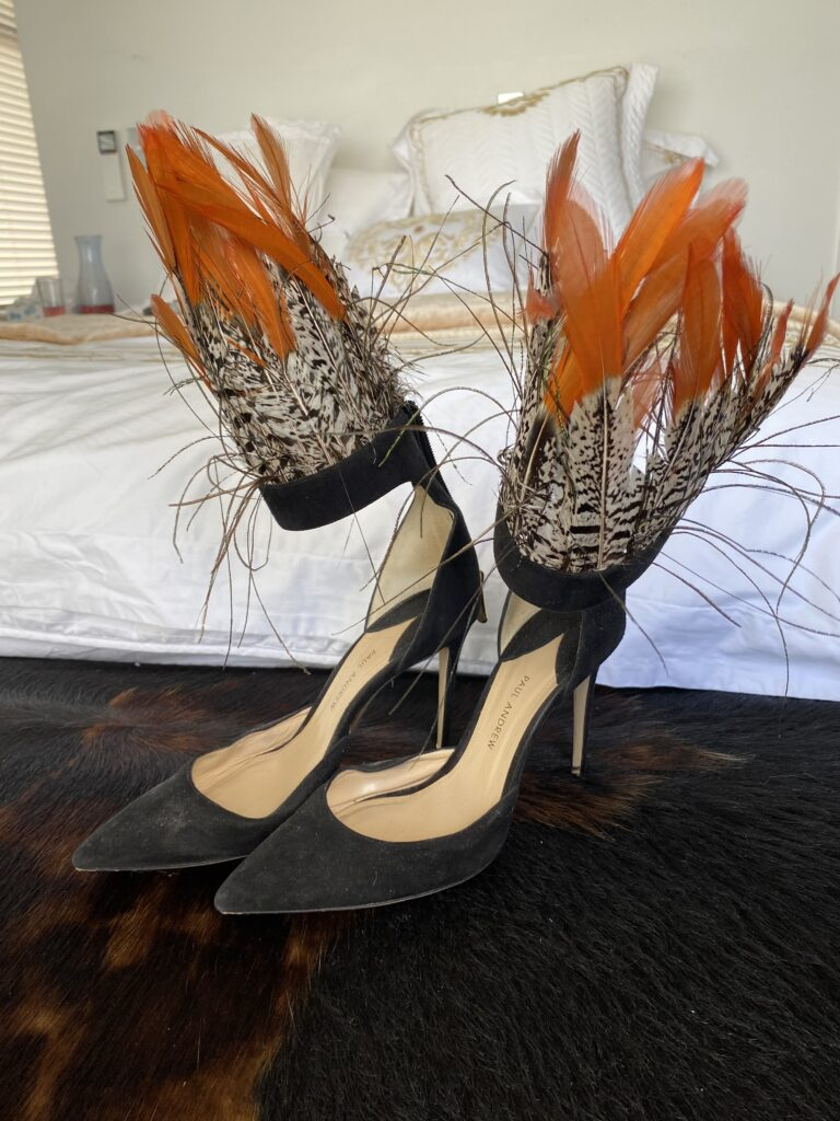 Limited-Edition Pasare Feather& Suede d\'Orsay Pumps.